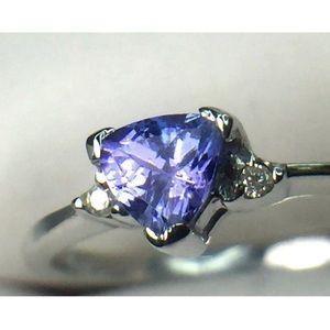 Jewelry - 14k white gold Natural Tanzanite & Diamond Ring